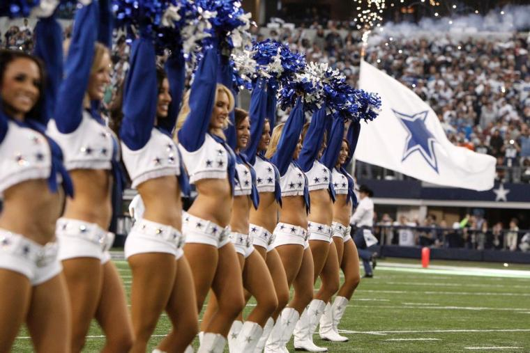 nfl-cheerleaders-fine-form-wild-card-weekend