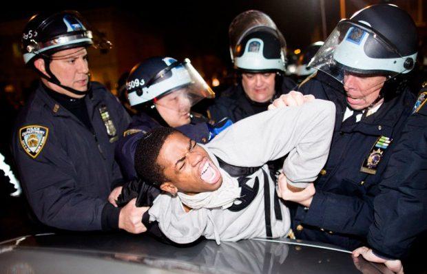 black-people-police-onyx-truth-620x398.jpg