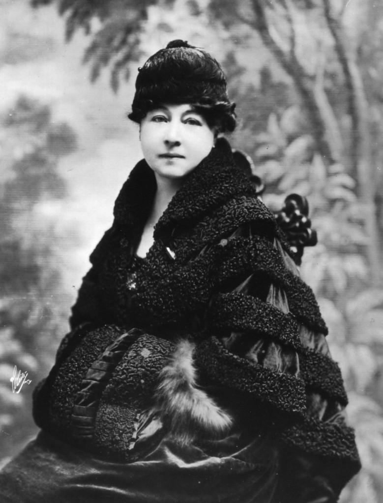Black and white portrait of Alice Guy Blache